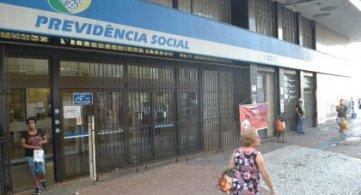 Novo golpe sobre a prova de vida tem como alvo aposentados e pensionistas do INSS