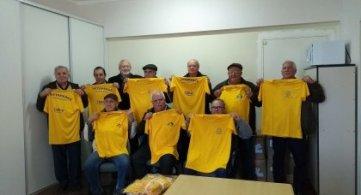 FETAPERGS entrega camisetas para entidades filiadas