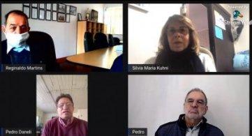 Representantes de associações filiadas participam de programa na Rádio Web FETAPERGS