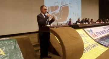 Presidente da FETAPERGS participa de audiência pública em Brasília